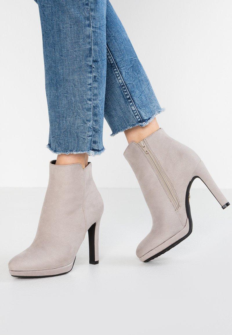 Buffalo - High heeled ankle boots - light grey