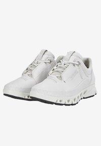 ECCO - MULTI-VENT W GTXS - Sneakers - white - 2