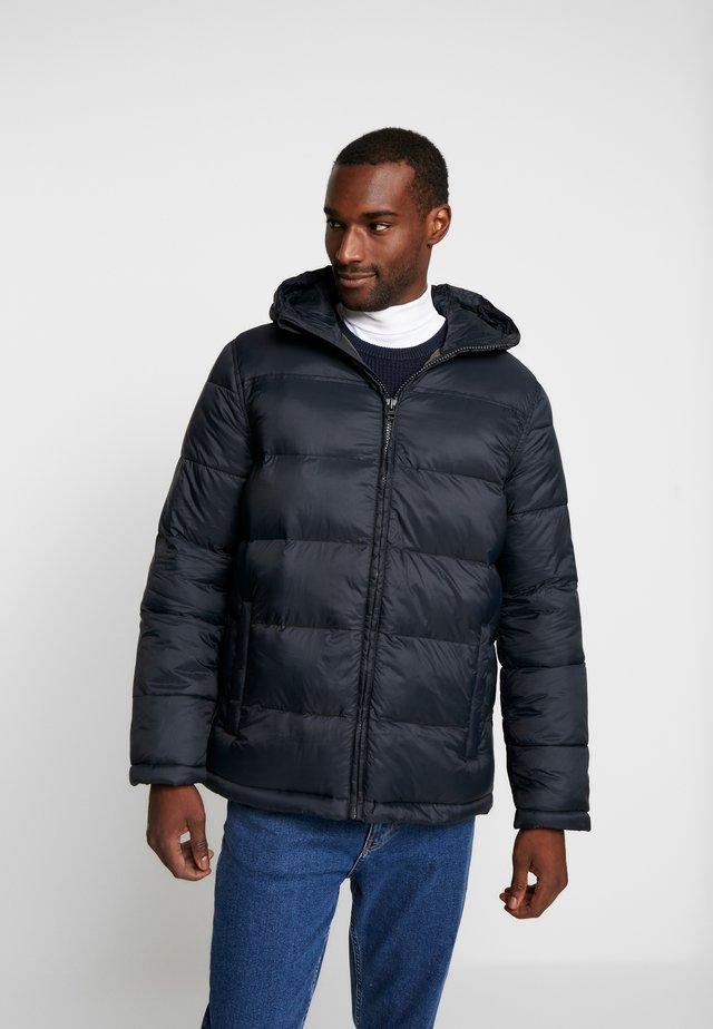 HOODED HEAVYWEIGHT PUFFER - Winter jacket - true black