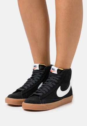 BLAZER MID 77 - Sneakersy wysokie - black/white/med brown/total orange