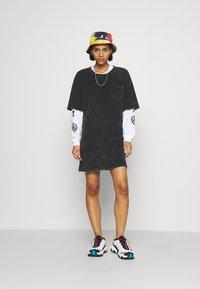 Von Dutch - KENDALL - Jersey dress - black - 4
