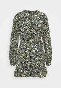 Missguided Petite - RUCHED SIDE BUTTON TEA DRESS FLORAL - Day dress - black - 1