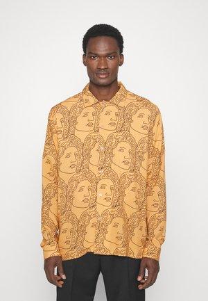 FACE - Overhemd - caramel/black