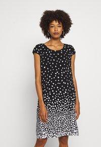 comma casual identity - Denní šaty - grey/black - 0