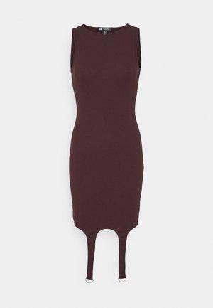 SUSPENDER DETAIL MINI DRESS - Robe d'été - plum