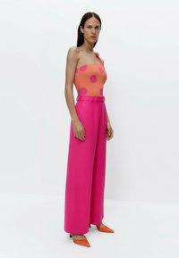 Uterqüe - Trousers - pink - 3