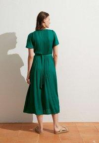OYSHO - Day dress - evergreen - 1