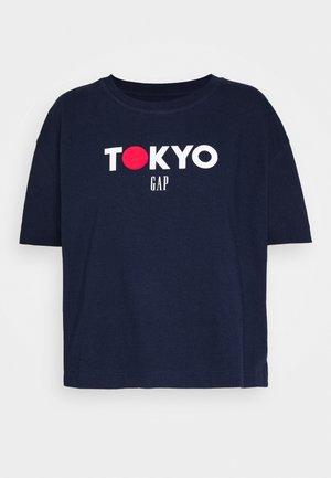 TOKYO BOXY - Camiseta estampada - navy uniform