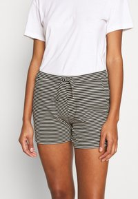 Marc O'Polo - SHORTS - Pyjama bottoms - creme - 0
