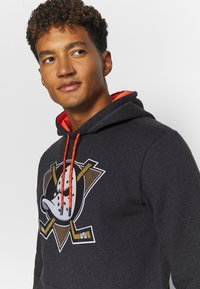 Fanatics - NHL ANAHEIM DUCKS ICONIC BACK TO BASICS OVERHEAD HOODIE - Mikina skapucí - charcoal - 3
