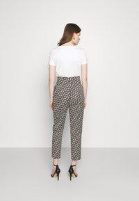 Pinko - NATALIA - Spodnie materiałowe - black - 3