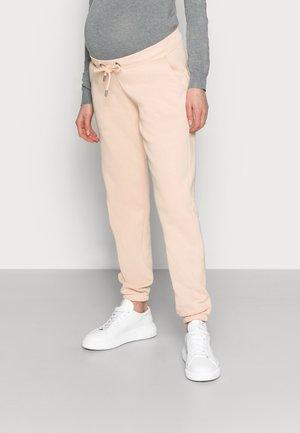 MLCHRISTEL PANT - Teplákové kalhoty - peach pink