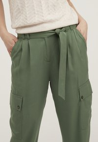 Oliver Bonas - UTILITY  - Trousers - khaki - 3