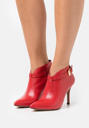 VOLKER - High heeled ankle boots - rouge