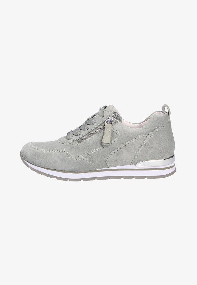 Sneakers laag - pinosp
