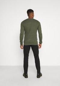 Redefined Rebel - PRINCE PANTS - Pantaloni - black - 2