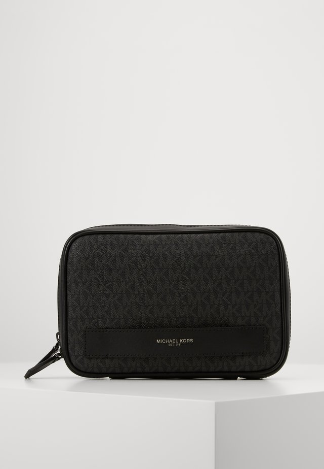 TRAVEL CASE - Trousse - black