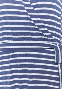 GAP - WRAP DRESS - Jersey dress - blue combo - 2
