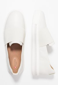 Clarks Unstructured - MAUI STEP - Slip-ons - white - 3