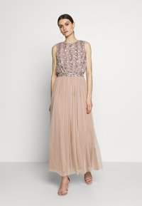 Maya Deluxe - EMBELLISHED OVERLAY DRESS WITH IRIDESCENT SEQUIN DETAIL - Iltapuku - taupe blush - 0