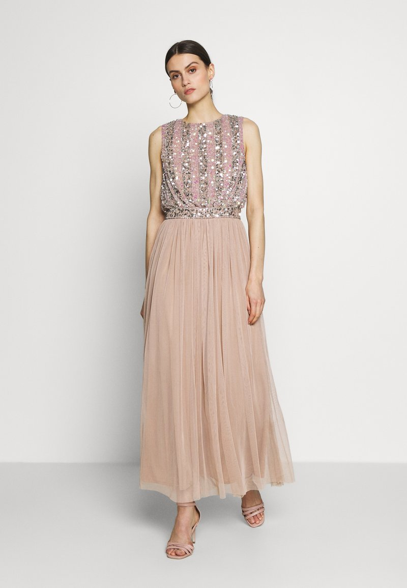 Maya Deluxe - EMBELLISHED OVERLAY DRESS WITH IRIDESCENT SEQUIN DETAIL - Iltapuku - taupe blush