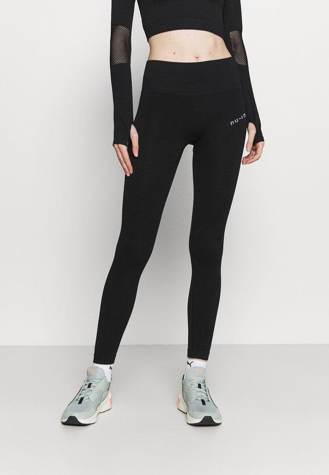 SEAMLESS HIGH WAIST DETAIL LEGGINGS - Collants - black