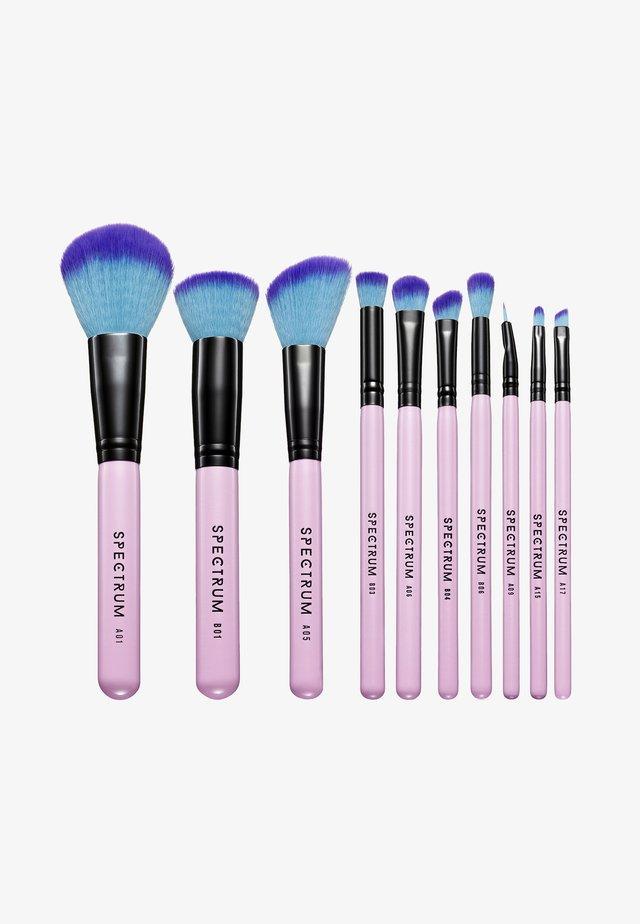 10 PIECE ESSENTIAL SET - Makeupbørstesæt - -