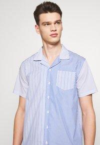 Libertine-Libertine - CAVE - Shirt - light blue - 4