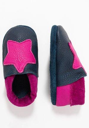STERN - First shoes - tobagoblau/purpur