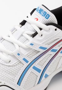 ASICS SportStyle - GEL-1090 - Sneaker low - white/blue coast - 5