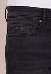 BOSS - TABER - Jeans Slim Fit - black - 5