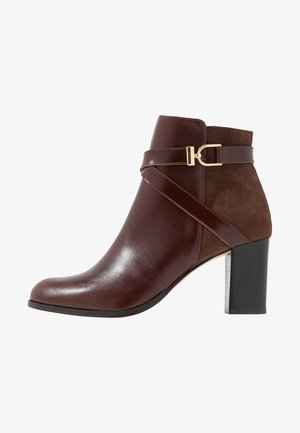 DURWIN - Ankle boots - marron