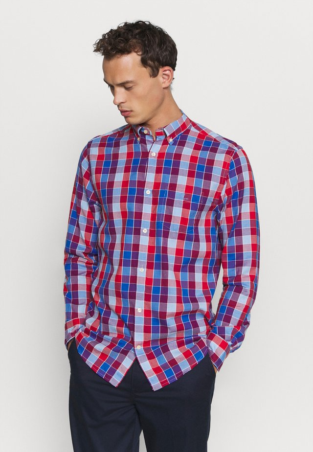 WINDBLOWN OXFORD CHECK REG - Shirt - fiery red