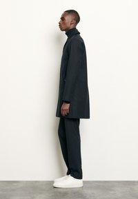 sandro - MANTEAU - Short coat - marine - 1