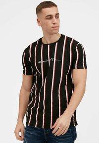 Kings Will Dream - MOFFAT - Print T-shirt - black / red - 0