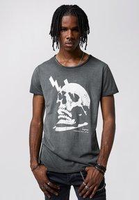 Tigha - WREN - Print T-shirt - vintage black - 0