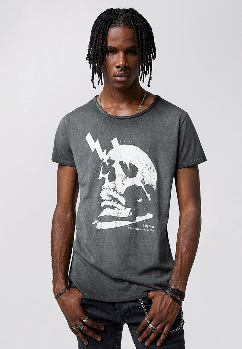 Tigha - WREN - Print T-shirt - vintage black