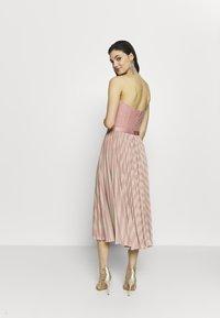 Elisabetta Franchi - Cocktail dress / Party dress - pink/oro - 2