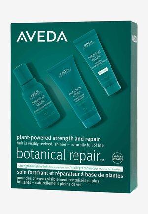 BOTANICAL REPAIR LIGHT MASQUE SET - Hair set - -