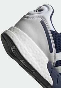 adidas Originals - ZX 1K BOOST SHOES - Baskets basses - blue - 8