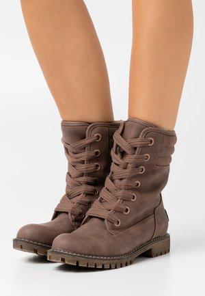 ALDEAN - Šněrovací kotníkové boty - brown