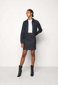 Victoria Victoria Beckham - RAINBOW STITCH HARRINGTON JACKET - Denim jacket - raw - 1