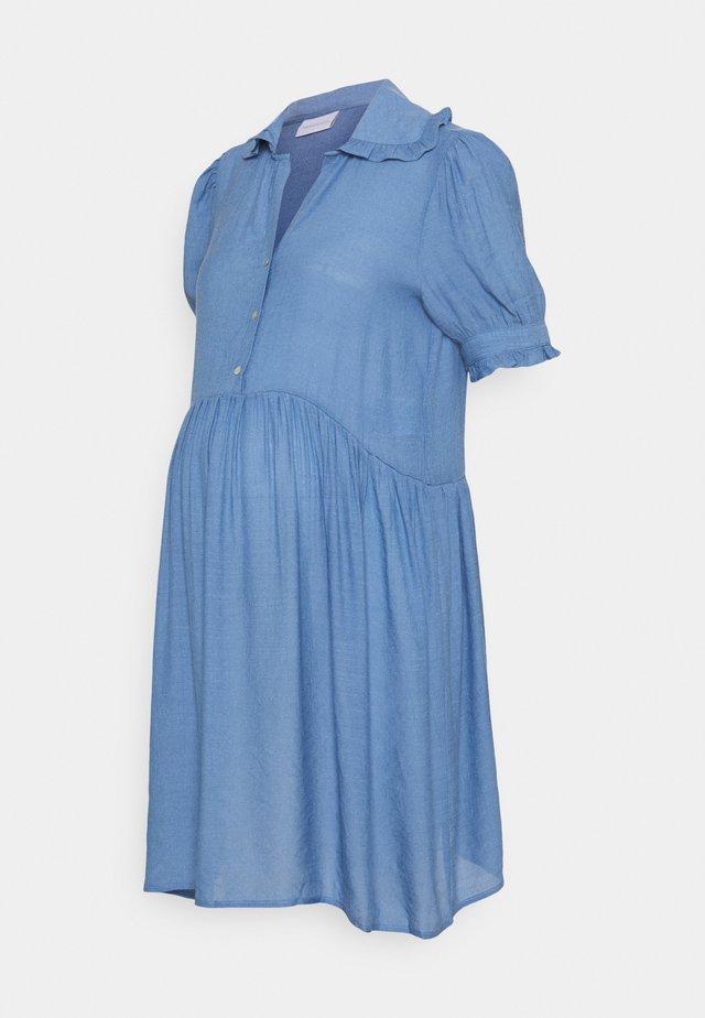 MLEVANGA LIA SHORT DRESS - Košilové šaty - regatta