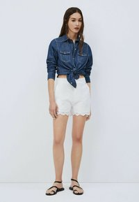 Pepe Jeans - NORA - Shorts - blanco off - 1