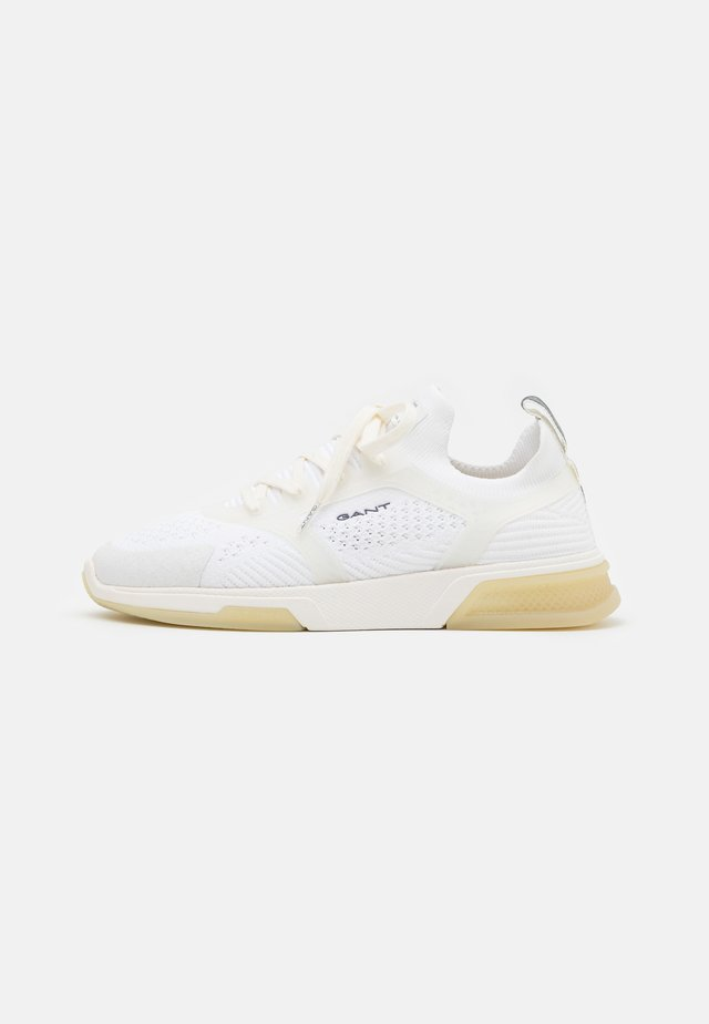 HIGHTOWN - Sneakers basse - offwhite