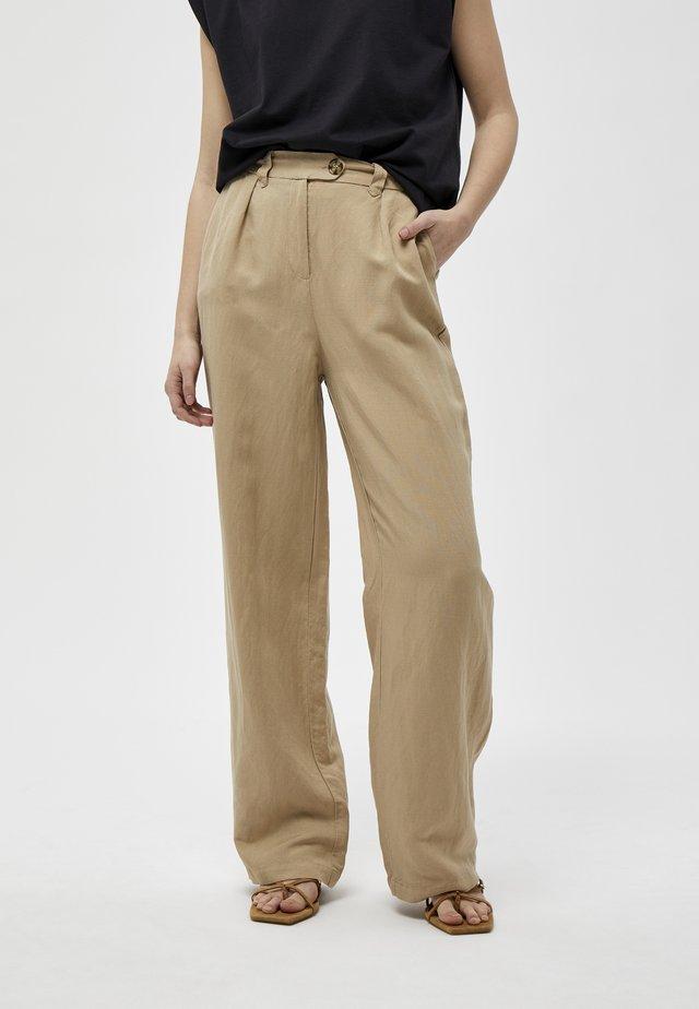 MAKIRA  - Pantalon classique -  sand