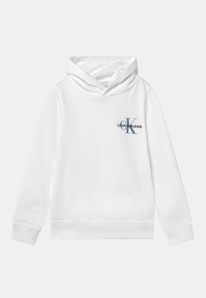 Calvin Klein Jeans - SMALL MONOGRAM HOODIE UNISEX - Jersey con capucha - bright white