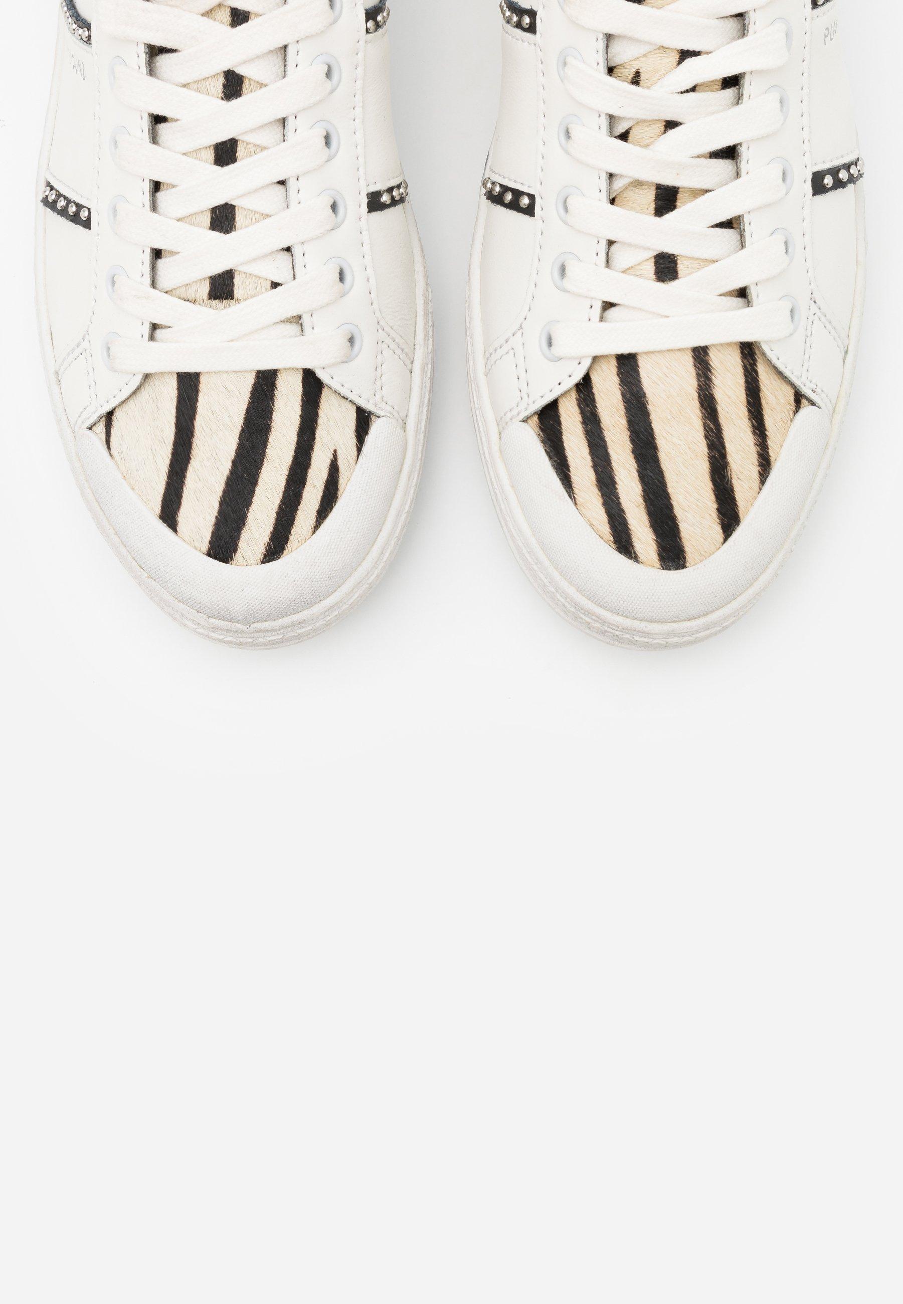 Moa - Master Of Arts Triks Sneakers White