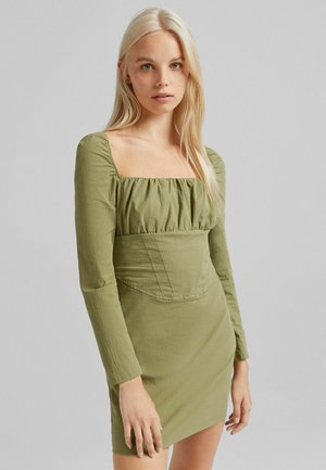 Sukienka etui - khaki