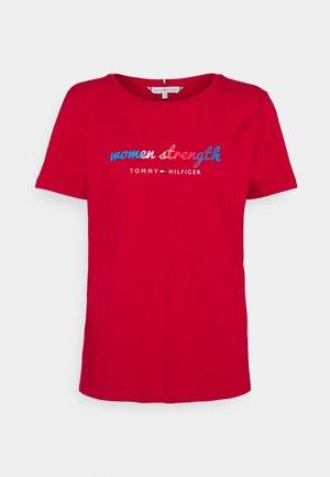 WOMEN SLOGAN - T-shirt con stampa - primary red